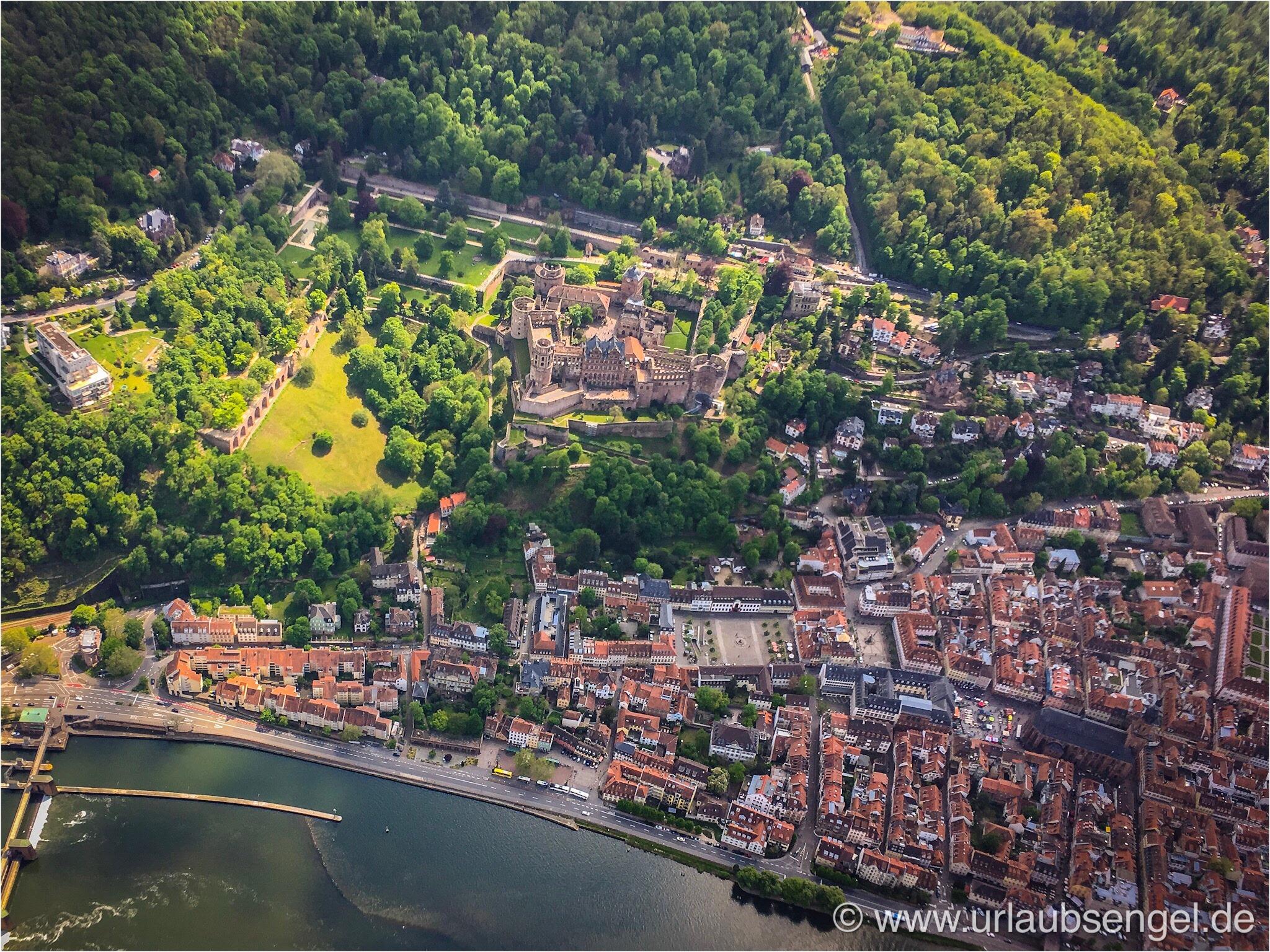 Luftbild vom Heidelberger Schloss aus dem Gyrocopter