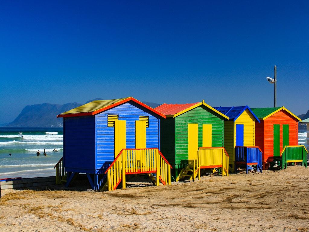Bunte Strandhäuser in Muizenberg - Individualreise Südafrika