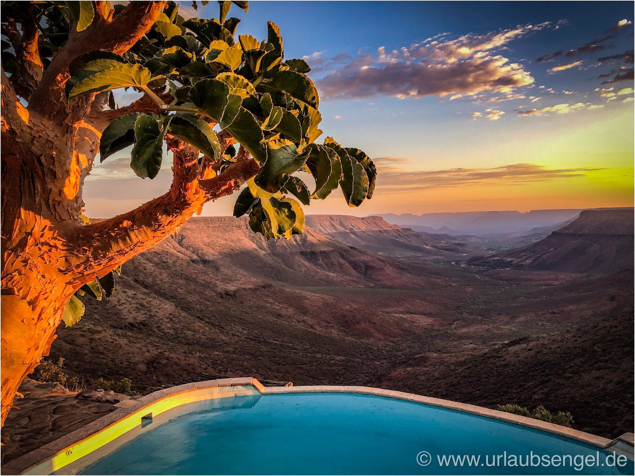 Pool der Grootberg Lodge in Namibia