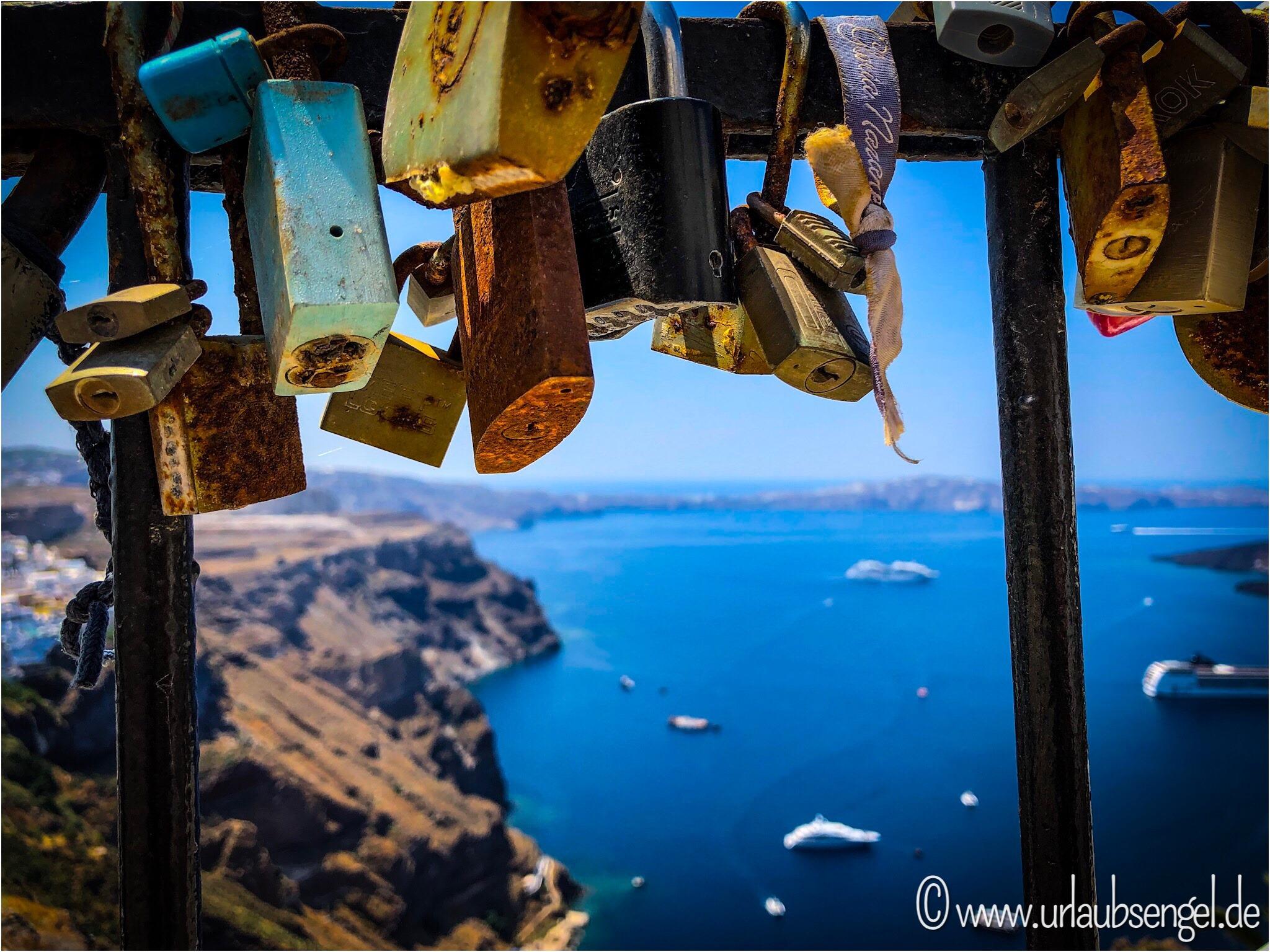 Blick auf die Caldera von Santorini
