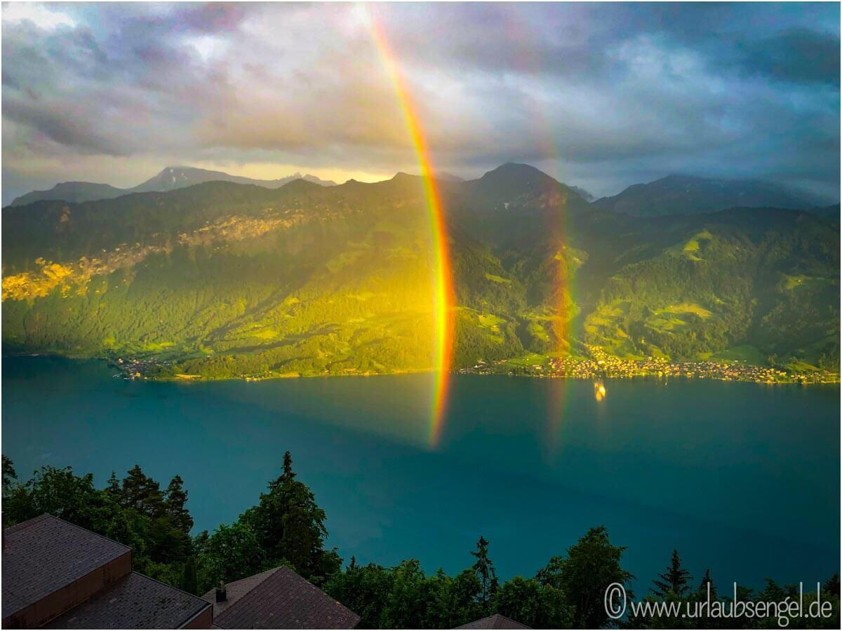Regenbogen über dem Thunersee von Dorint Beatenberg aus