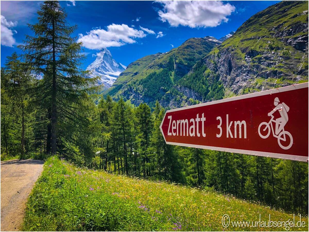Nach Zermatt von Sunnegga aus