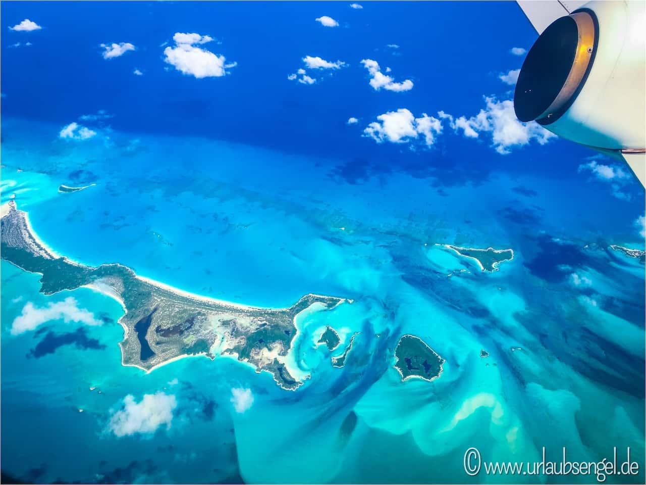 Exuma Cays vom Flugzeug aus
