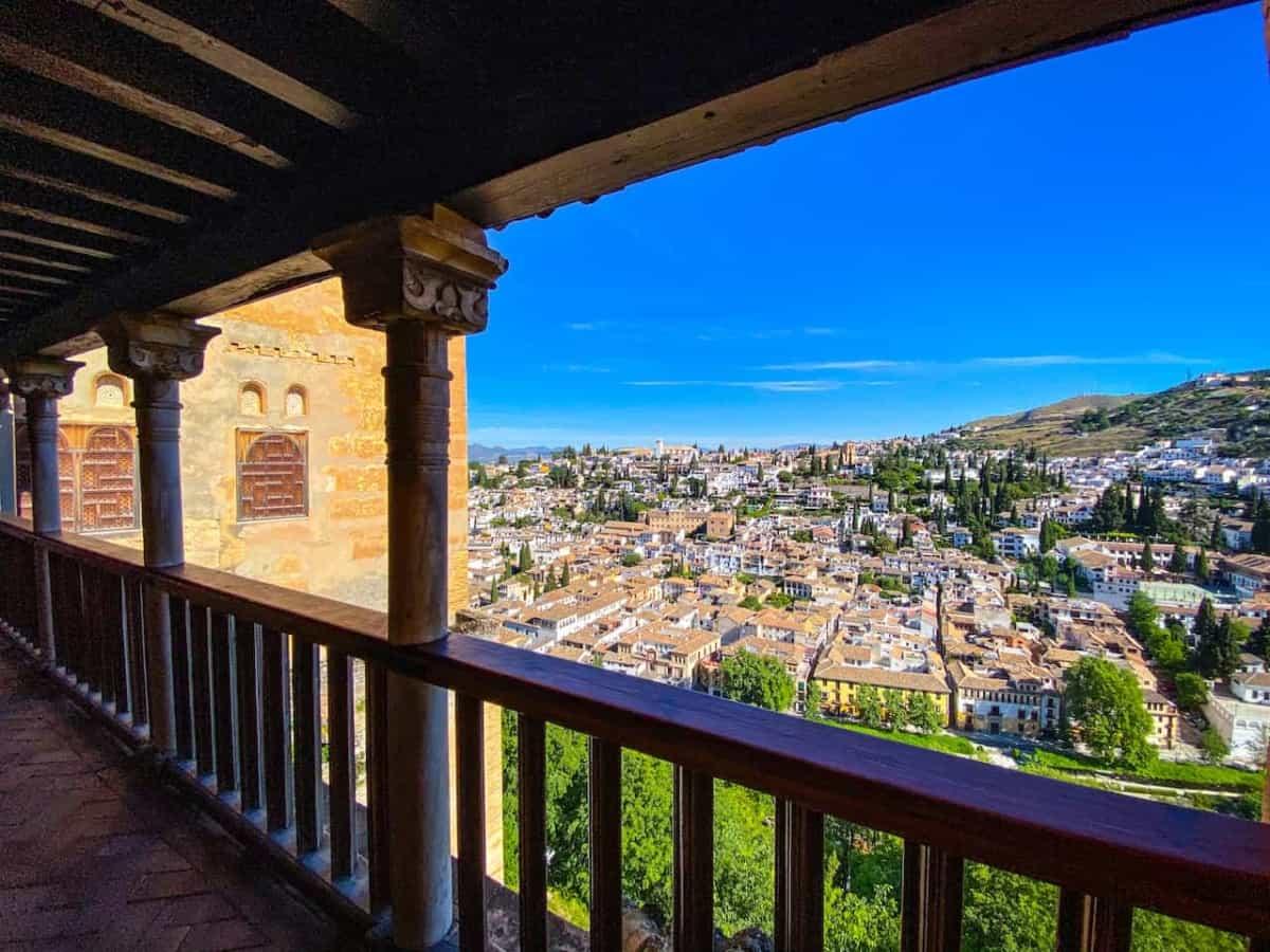 Blick von der Alhambra auf Granada